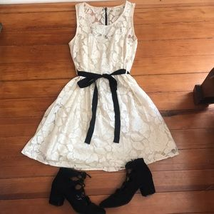 Gorgeous cream lace dress with belt